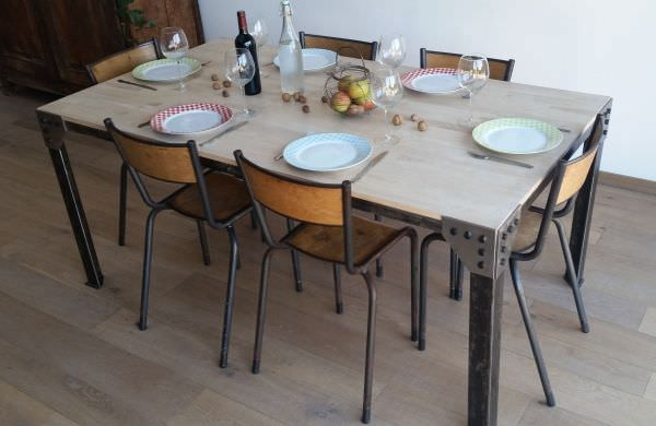 Table 'REVELATION'